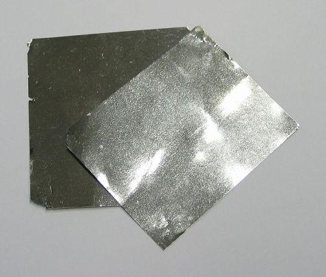 705px-Iridium_foil