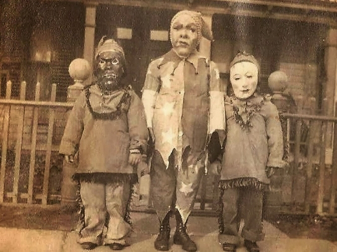 16 Most Rare Unique Creepy Unexplained Old Photo